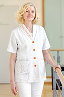 Anabel Troska arbeitet in der Jungbrunnen-Klinik als Empfangssekretärin