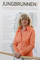 Katharina Dreßen arbeitet in der Jungbrunnen-Klinik im Reinigungsmanagement