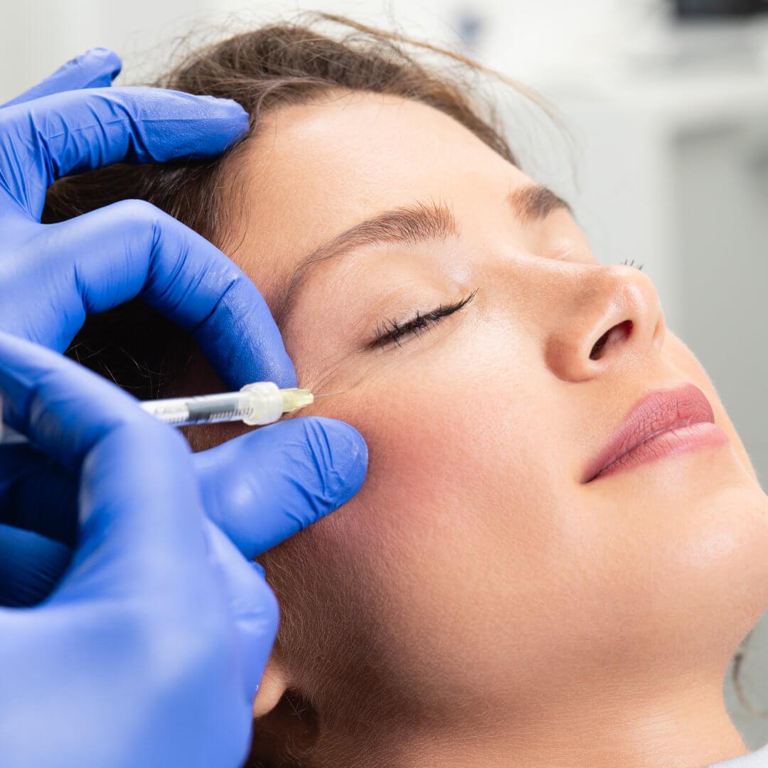 Vampirmethode- Hautverjüngung und Haarwachstum mit Eigenblut
